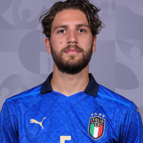 Euro 2020: Italy 3-0 Switzerland - Manuel Locatelli scores twice in one-sided win