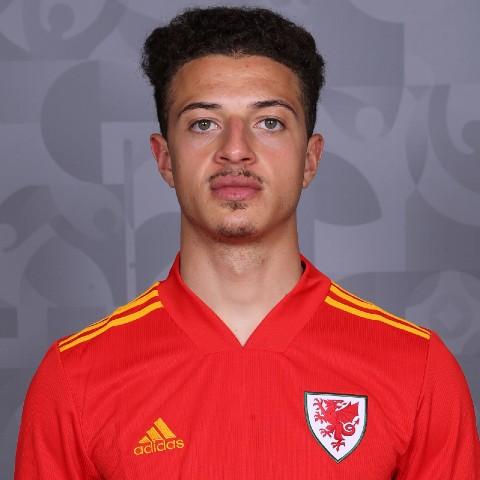 Euro 2020: Kieffer Moore rescues Wales against Switzerland in 1-1 Euro opener