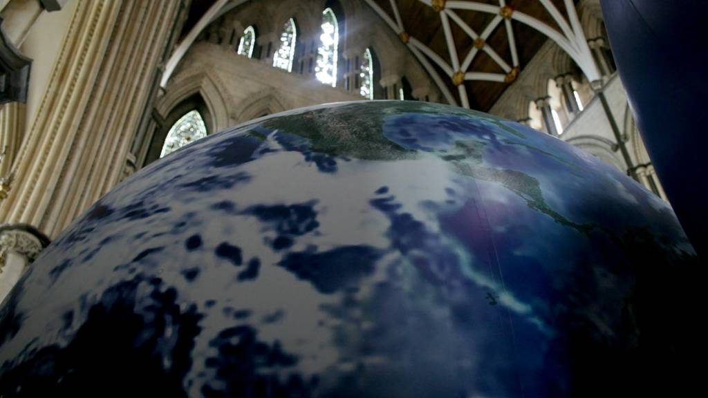 Helium planets at York Minster