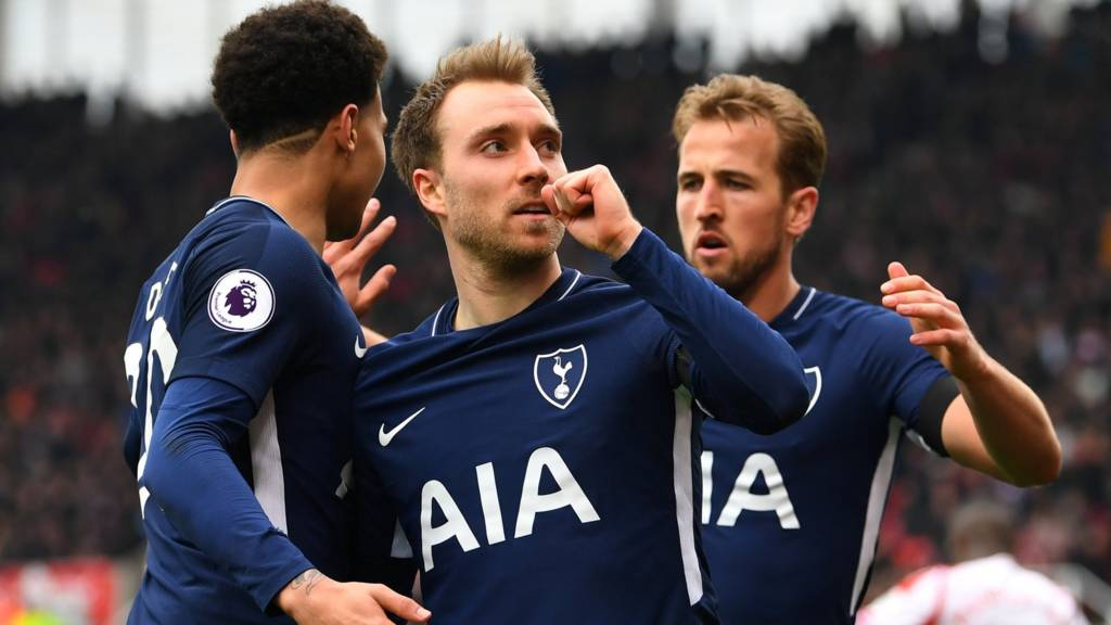 Christian Eriksen celebrates