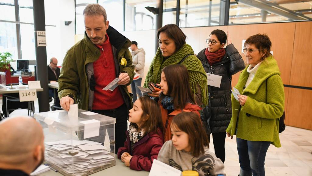 Voters at the University School of Industrial Technical Engineering of Barcelona, 21 December