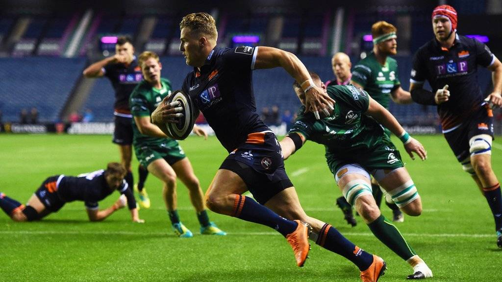 van der Merwe crosses for Edinburgh