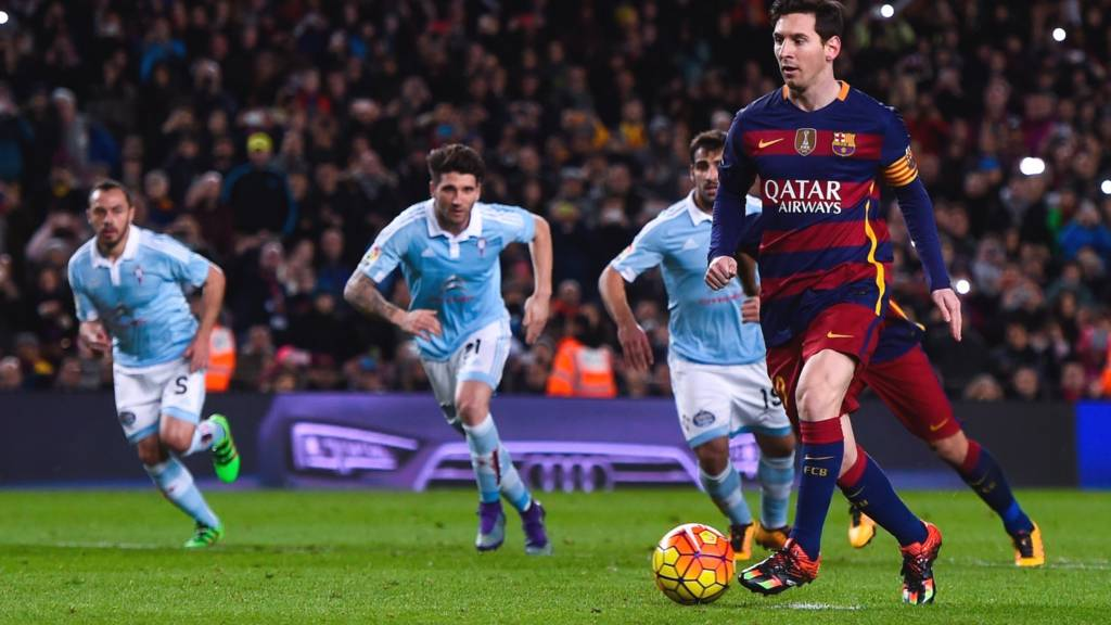 Lionel Messi passes instead of shoots while taking a penalty