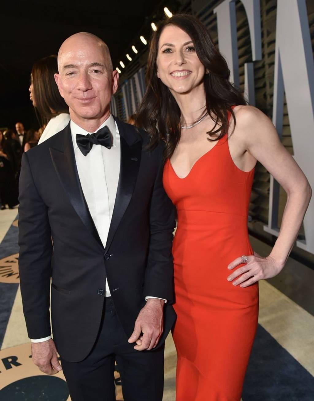 جيف بزوز وزوجته