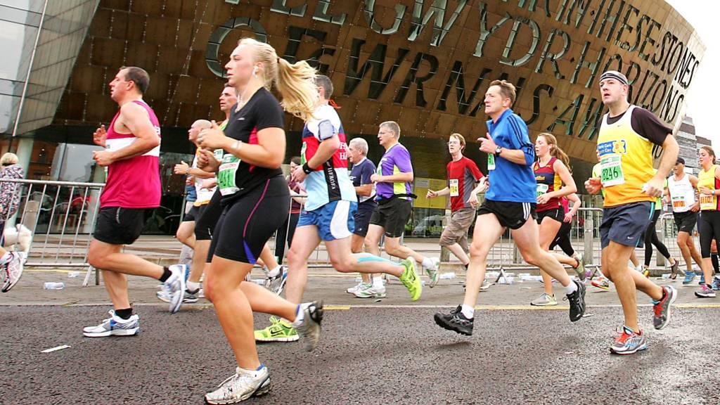Runners take part in the Cardiff half-marathon