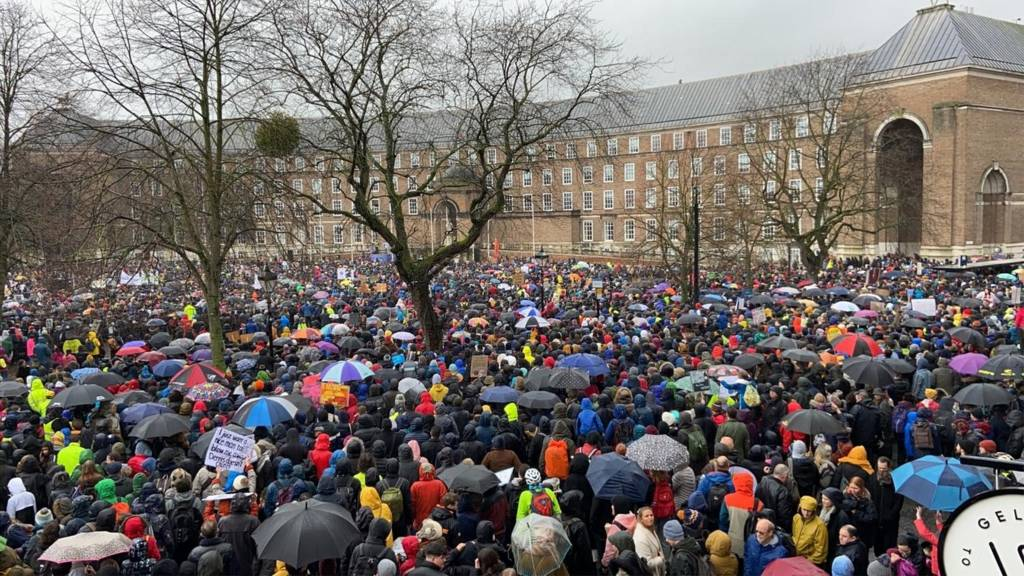 Crowd on College Green