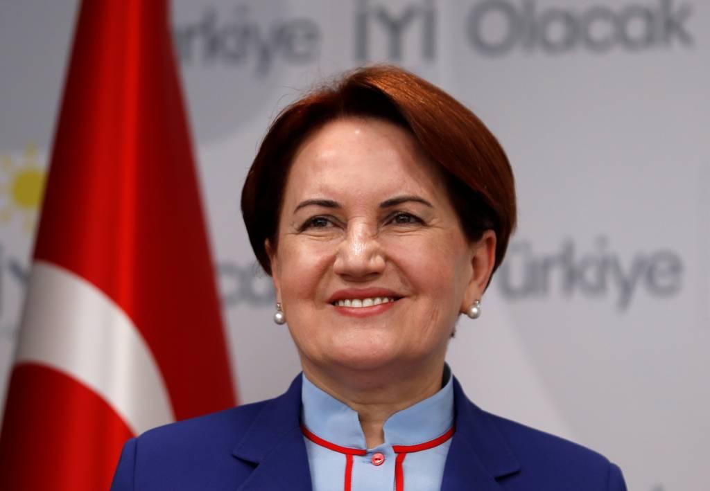 المرشحة الرئاسية التركية ميرال أكشينار، مرشحة حزب الخير اليميني