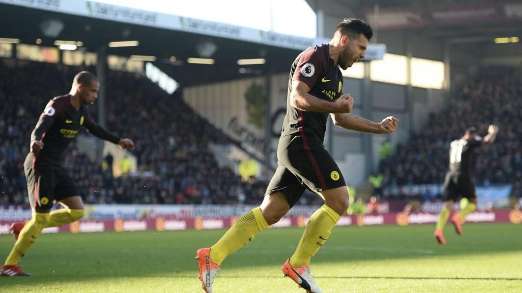 آگوئرو گل دوم بازی را زد