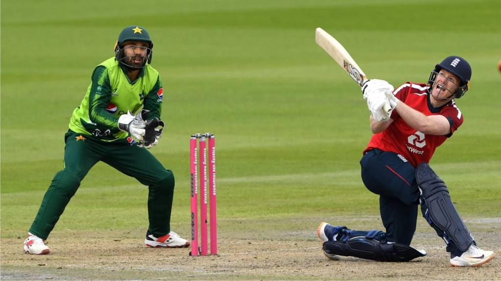 Watch England V Pakistan Live Second T20 Old Trafford Video Clips Radio Text Live Bbc Sport
