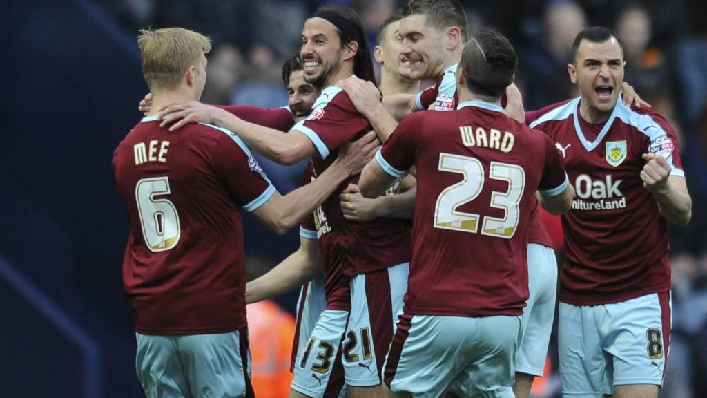 Burnley celebrate goal