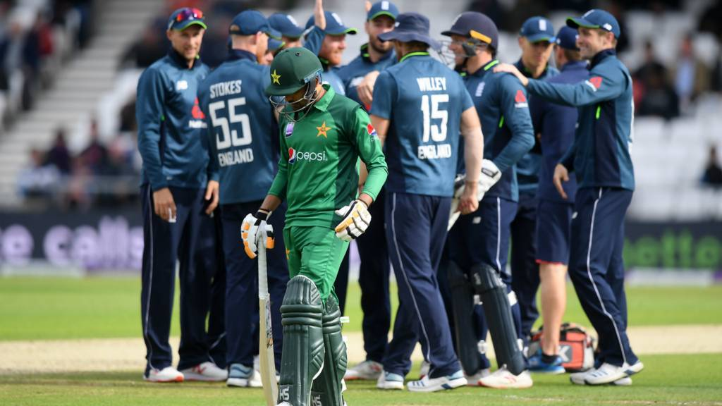England celebrate Adil Rashid running out Babar Azam