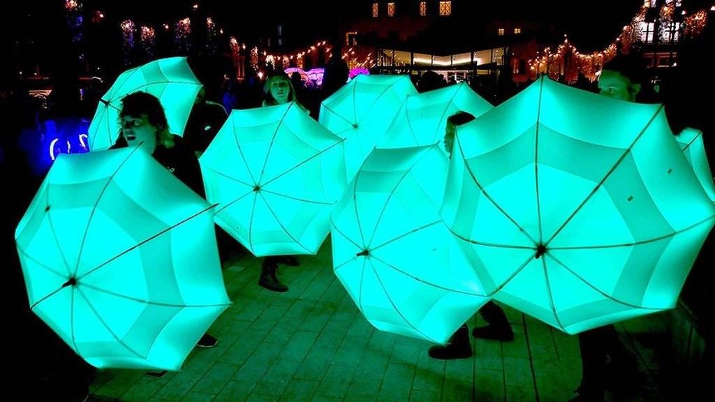 رقص نور در لندن