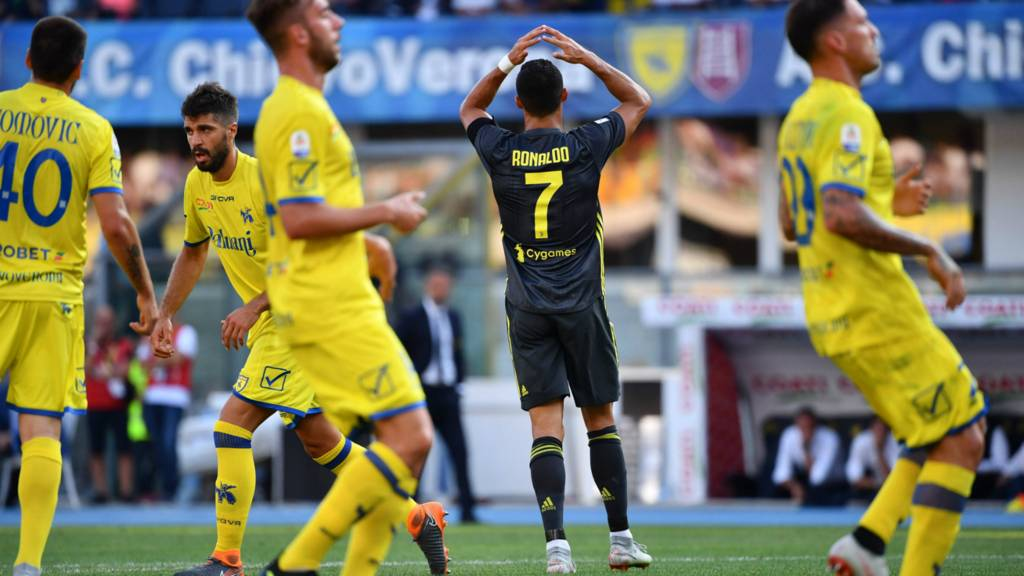 2b29b1e06850a Cristiano Ronaldo debut  Chievo v Juventus in Serie A - Live - BBC Sport