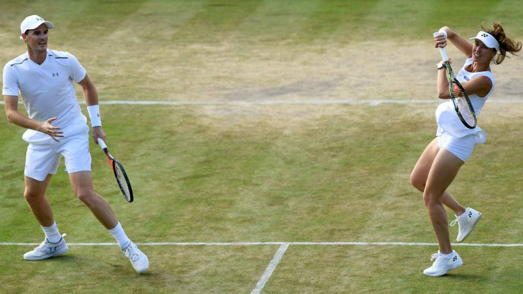 Venus goes past Konta - to face Muguruza in Wimbledon Finals