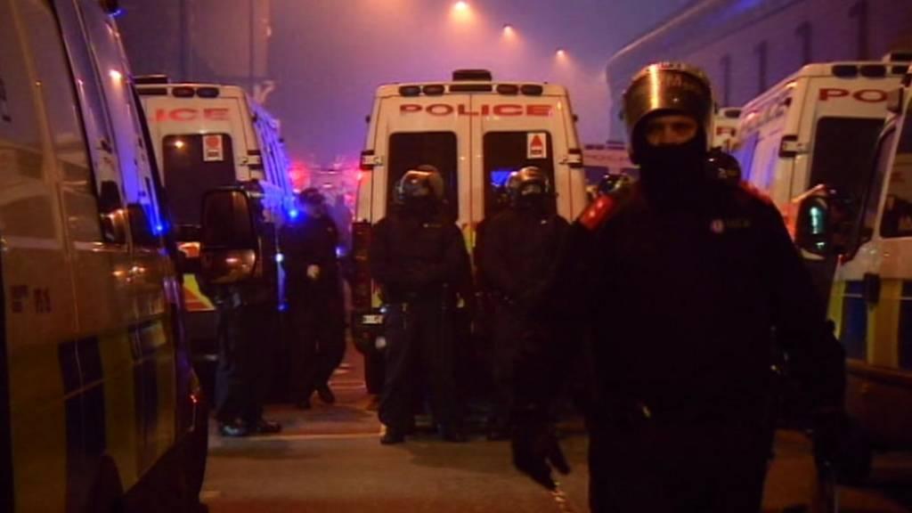 a98bf3b831 Hundreds of inmates riot at HMP Birmingham - BBC News