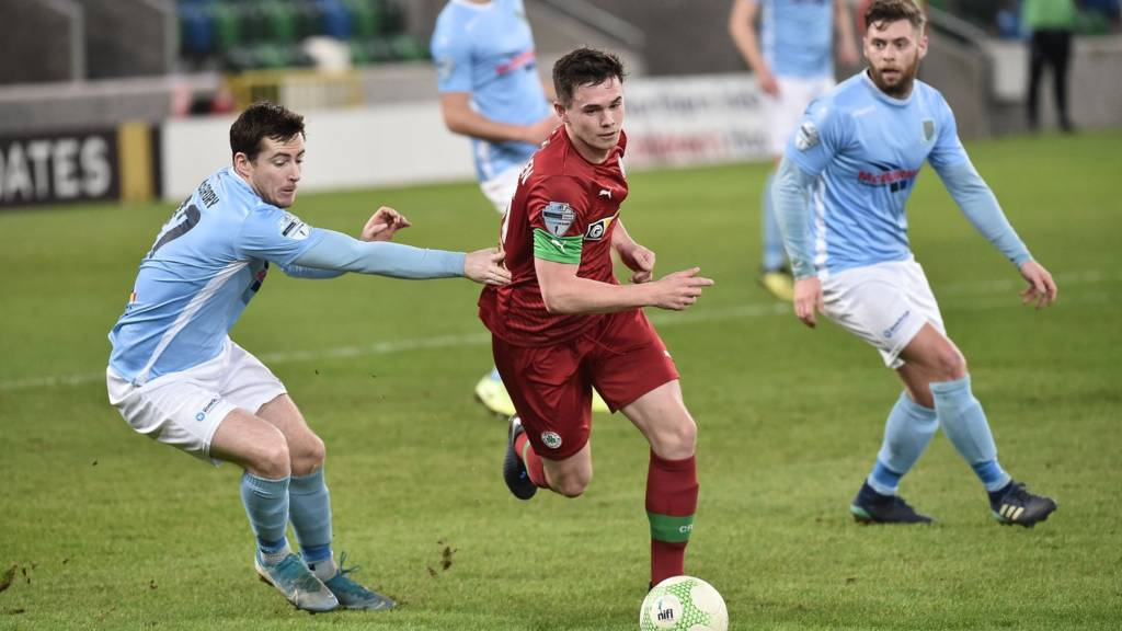 As it happened: Cliftonville leave it late to stun Ballymena - Live - BBC  Sport