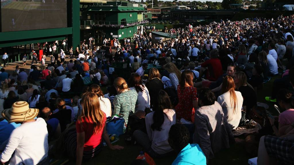 Federer and Williams sisters advance at Wimbledon but Wozniacki crashes out