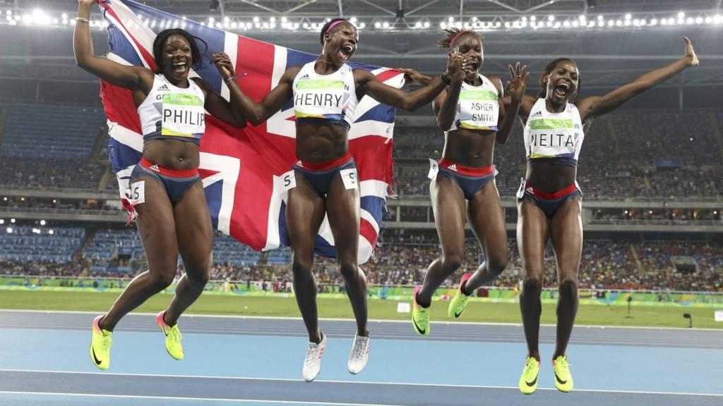 Women's 4 x 100m relay finals