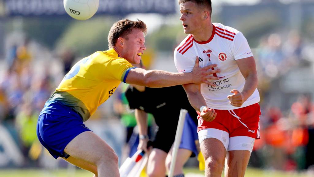 Roscommon's Niall Daly in action against Tyrone's Michael McKernan