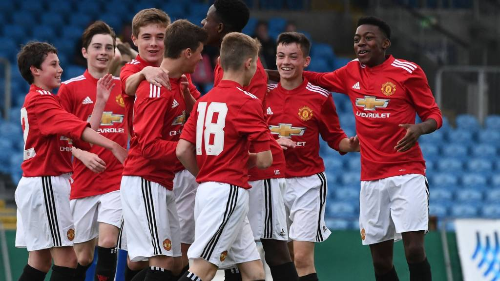 Manchester United at the Super Cup NI