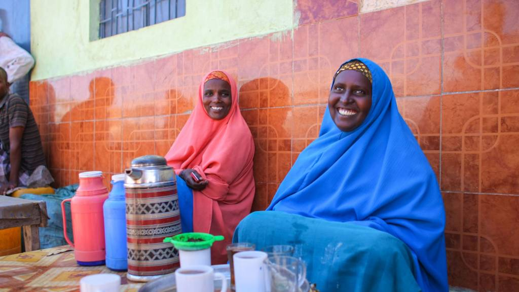 Women selling tea in Somalia