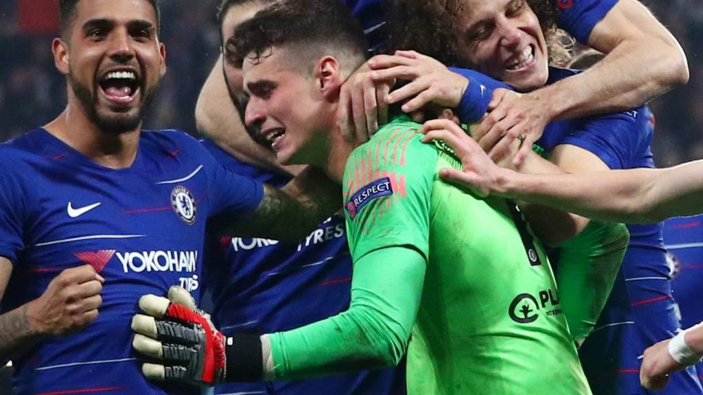 Chelsea players mob Kepa