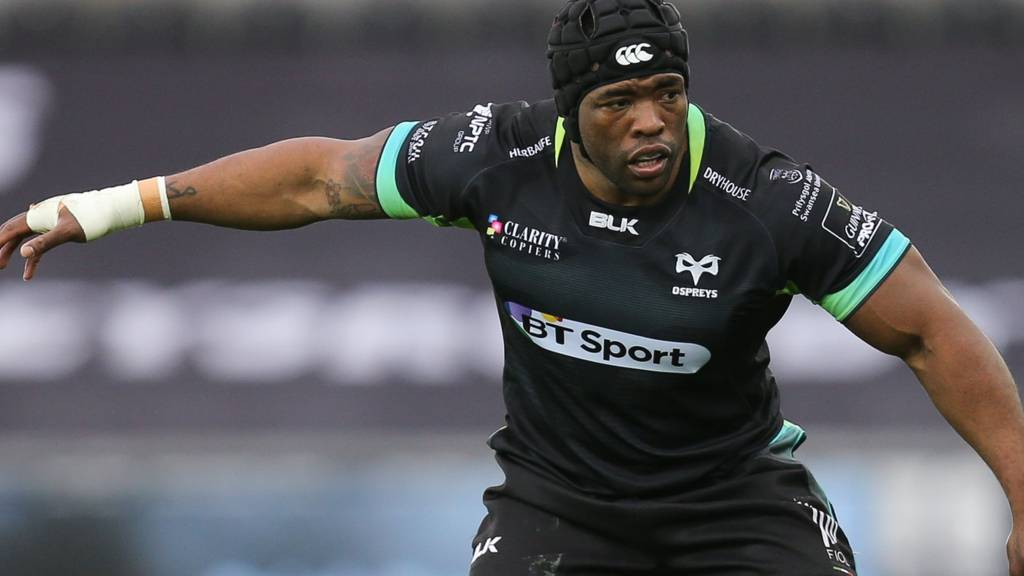 Brian Mujati of Ospreys