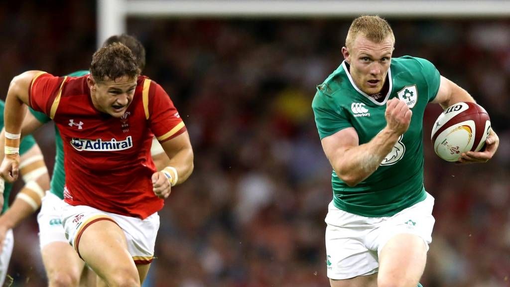 Keith Earls scores for Ireland