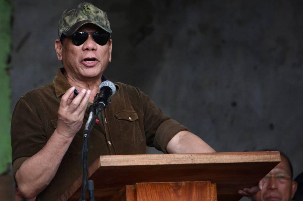 رئيس الفلبين يريد قتل الذين يوسخون الشوارع