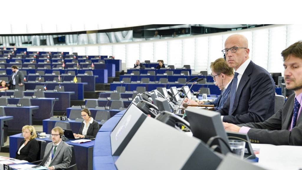 Jean-Claude Juncker unleashes a broadside at no-show MEPs