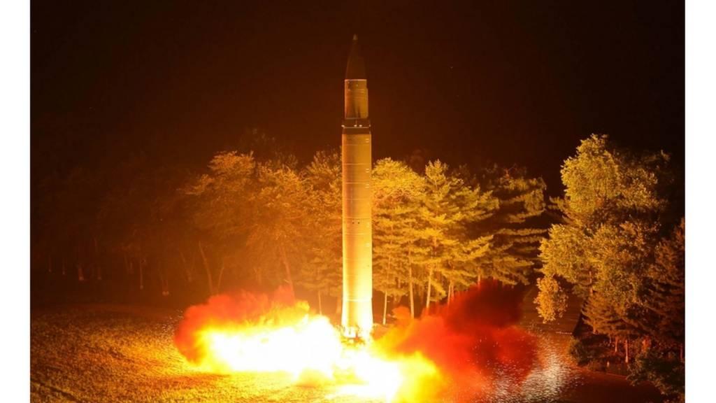 تجربة صاورخ باليستي لكوريا الشمالية