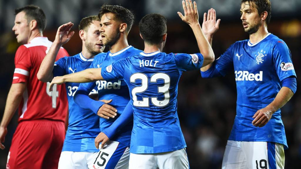 Rangers lead Queen of the South