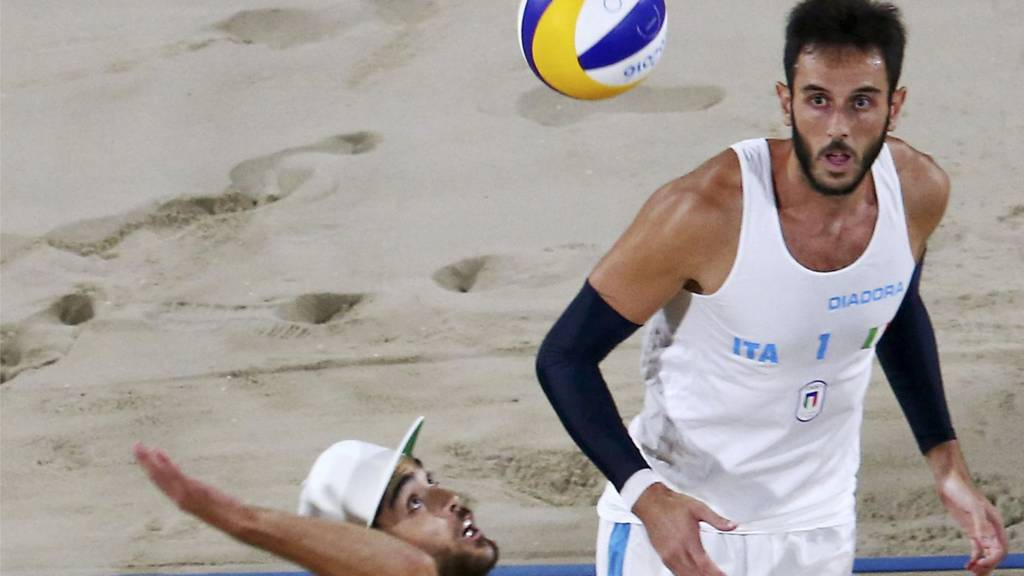 Beach Volleyball: