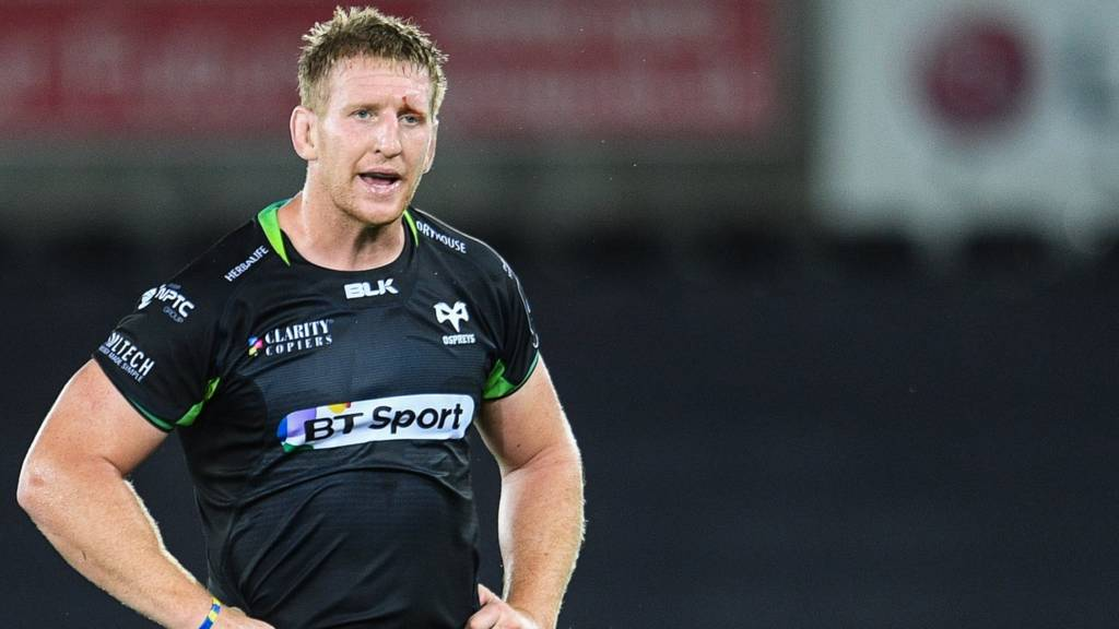 Bradley Davies of Ospreys