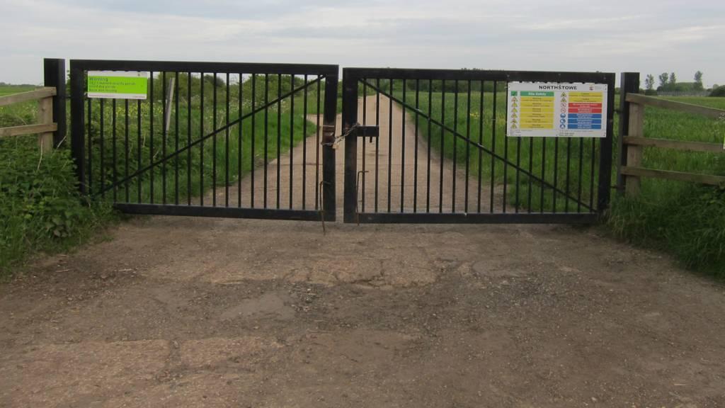 Gates on Northstowe site