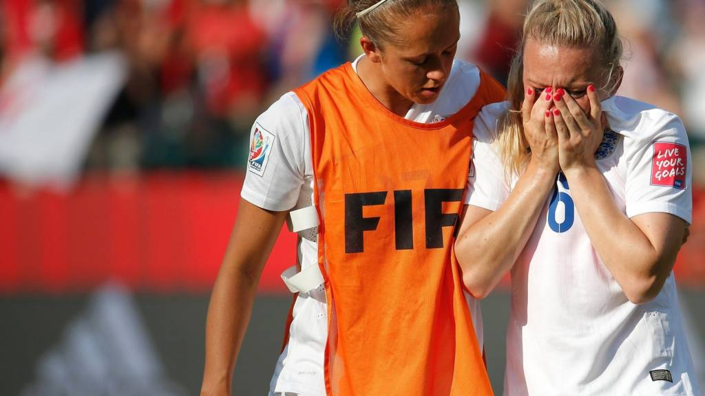 Laura Bassett reacts