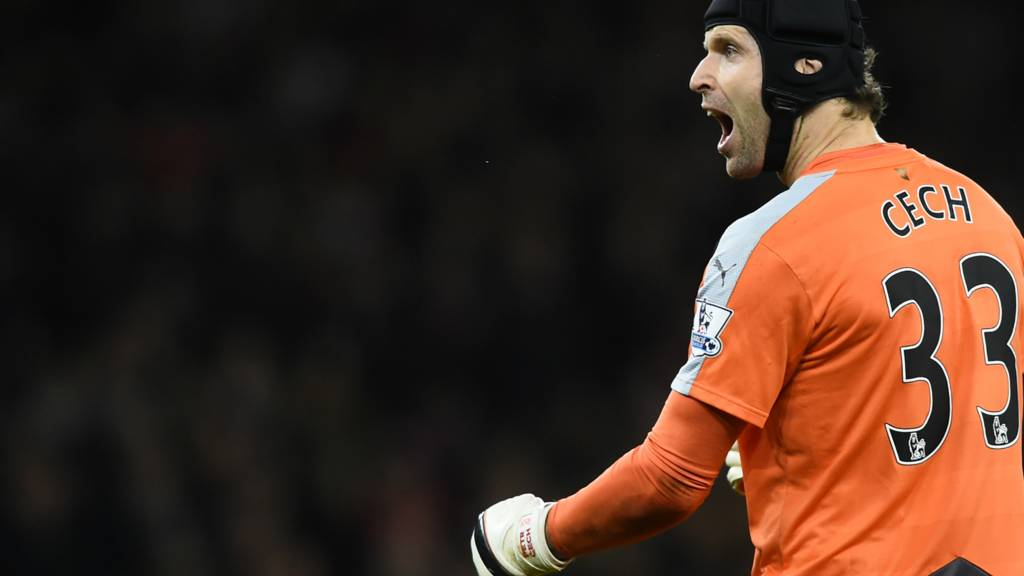 Arsenal keeper Petr Cech celebrates