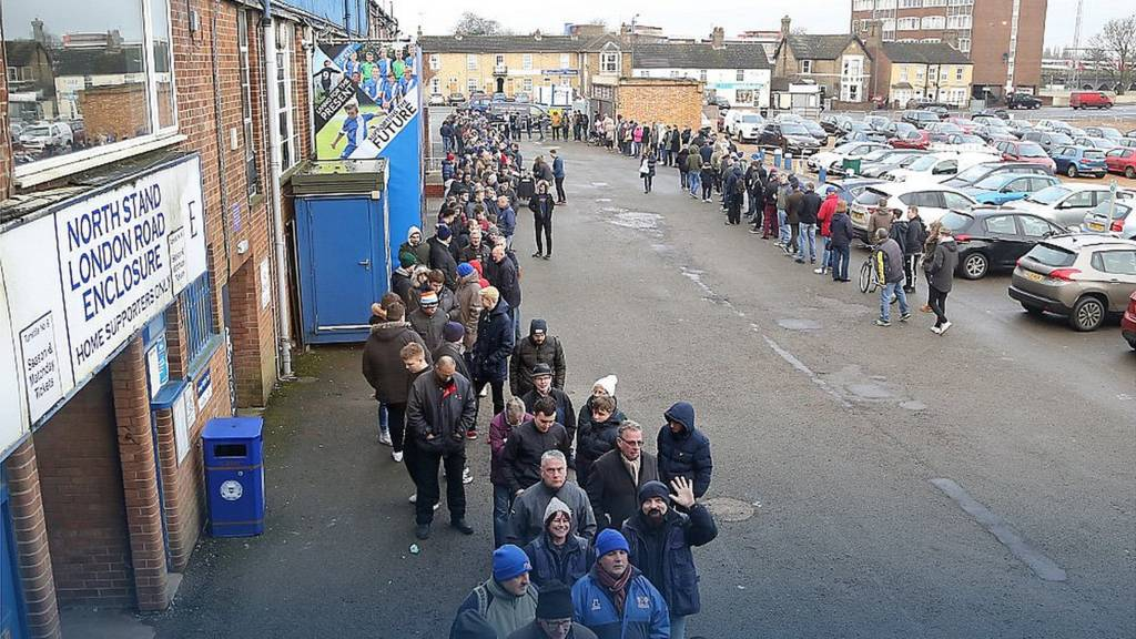Peterborough United queues