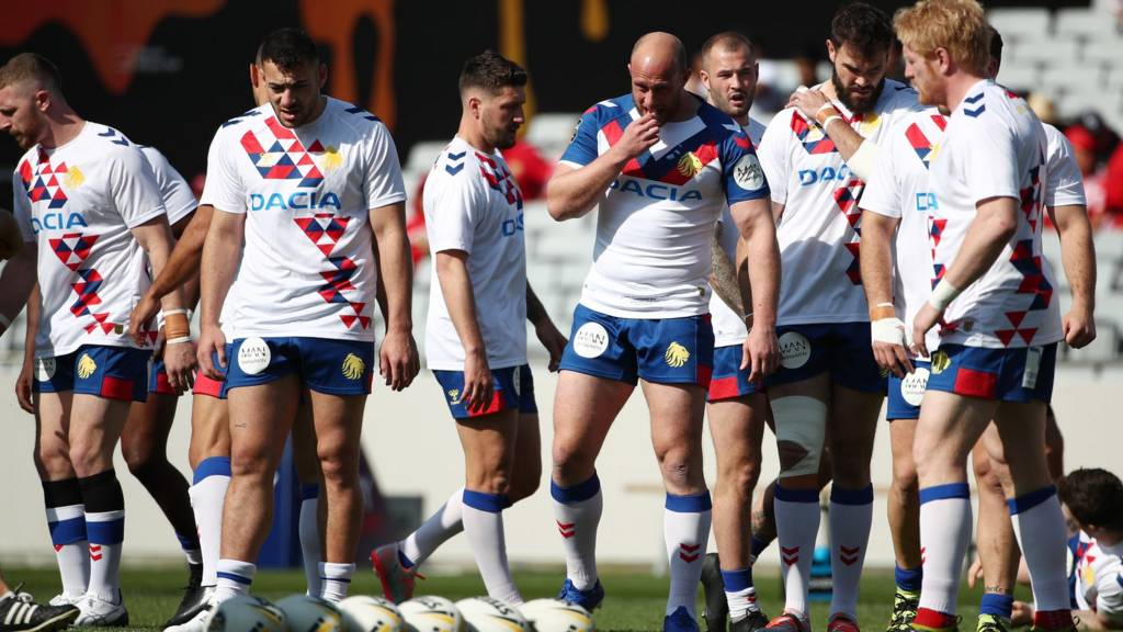 Great Britain players warm up