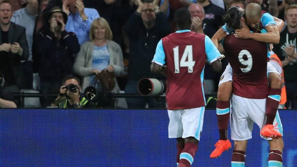 Feghouli scores West Ham's third