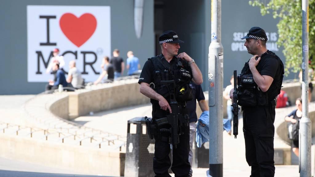 الحكومة البريطانية رفعت مستوى التأهب لحدوث عمل إرهابي إلى أعلى مرحلة.