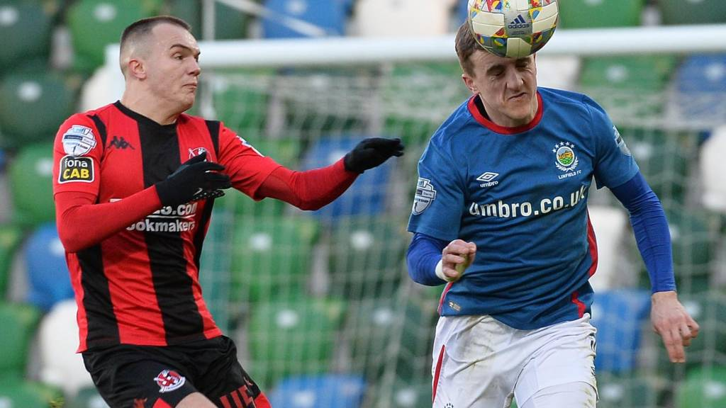 Linfield are playing Crusaders in the Irish Cup