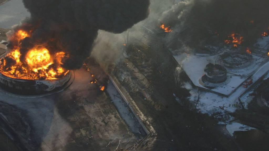 Buncefield explosion aerial view