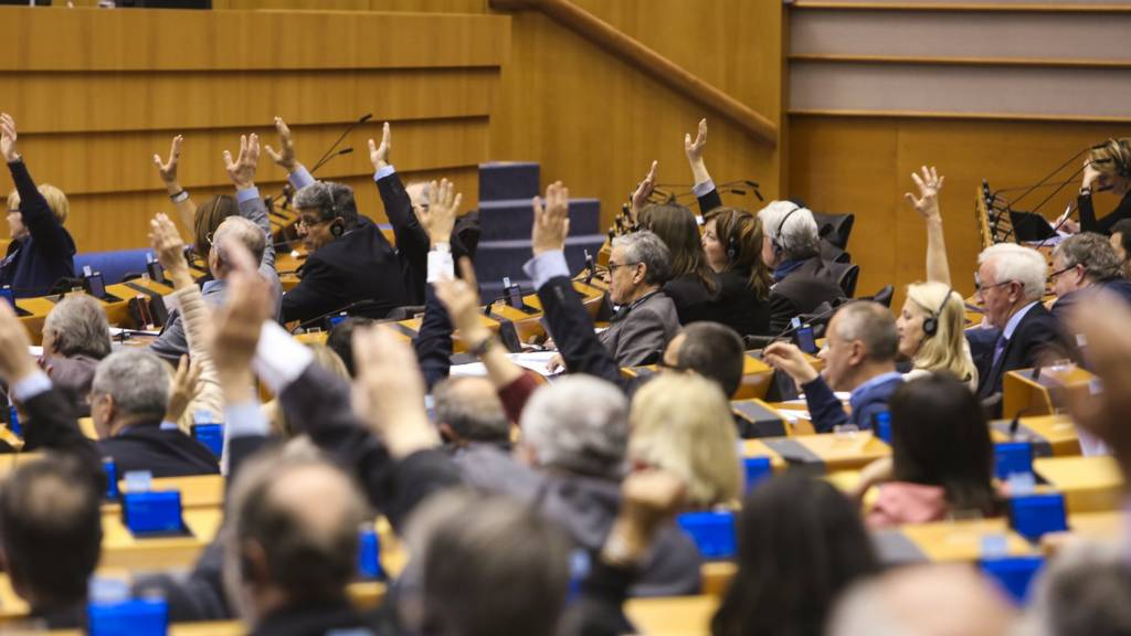 Voting in Brussels