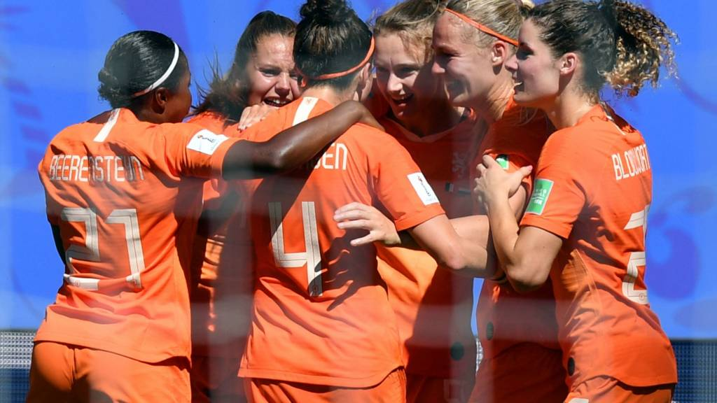 Netherland players celebrate after the opening goal