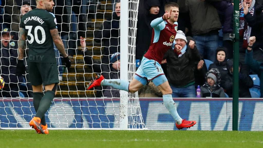 Gudmundsson scores for Burnley