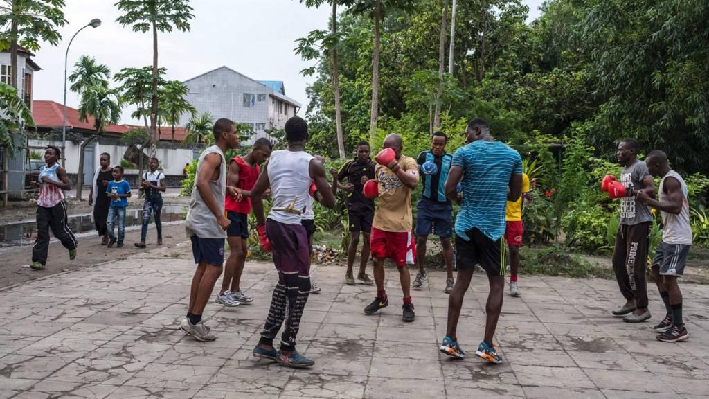 People practising boxing in Kinshasa, DR Congo
