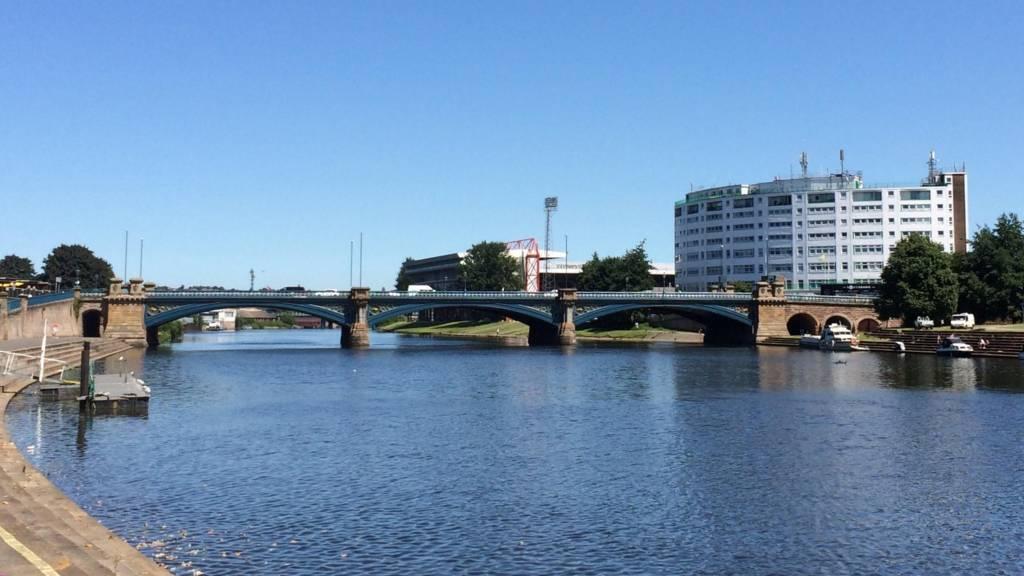 trent river began seeping - 1024×576