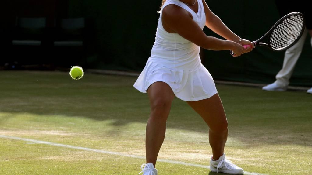 Generic female tennis player