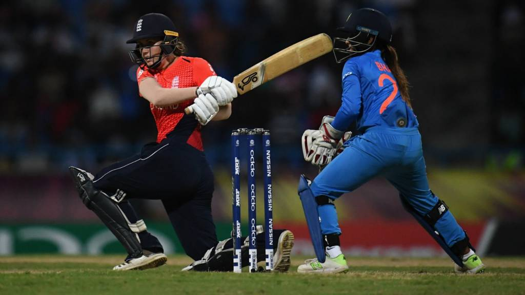 England's Nat Sciver sweeps